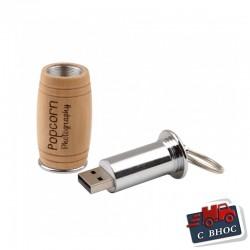 USB памет - ключодържател от метал и дърво във формата на буре