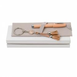 Луксозен дамски комплект ключодържател и химикалка Cacharel