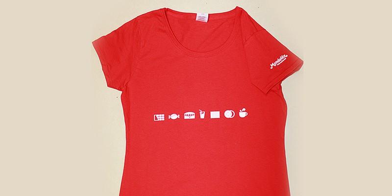 Рекламен печат на дамски тениски