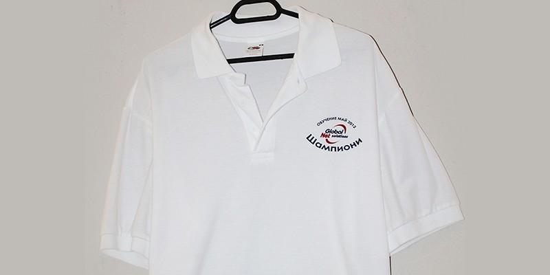 Печат на тениски тип поло