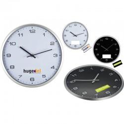 Кръгъл стенен часовник със сребриста рамка