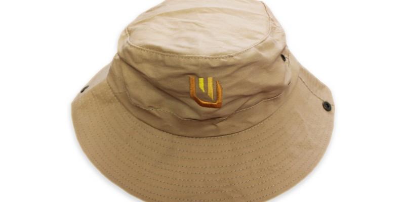 Бродерия на рекламни шапки с периферия